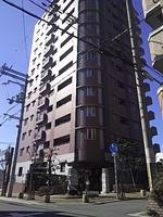 外観:室内リフォーム済みで即入居可能ですよ。利便性あるマンションですよ。