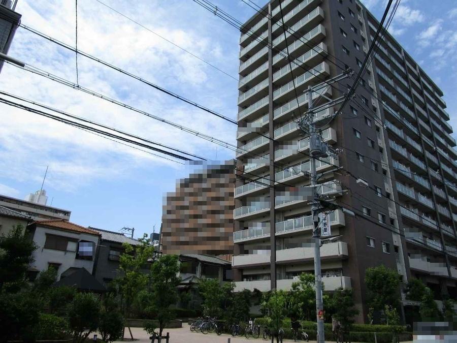 外観:徒歩10分圏内に駅・買物施設充実し利便性あるマンションですよ♪